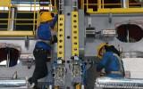 沐鸣2:_新型1900框架式双模液压硫化机在桂林橡机成功下线